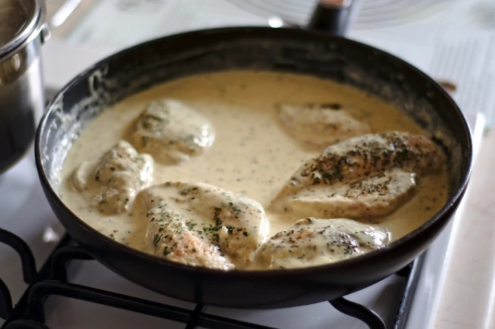 quick & easy creamy herbchicken