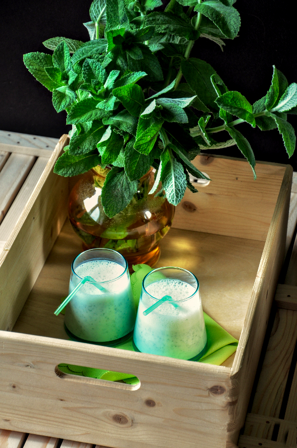 mint and lime smoothie