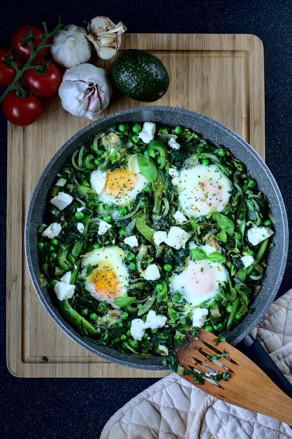 green veggie shakshuka